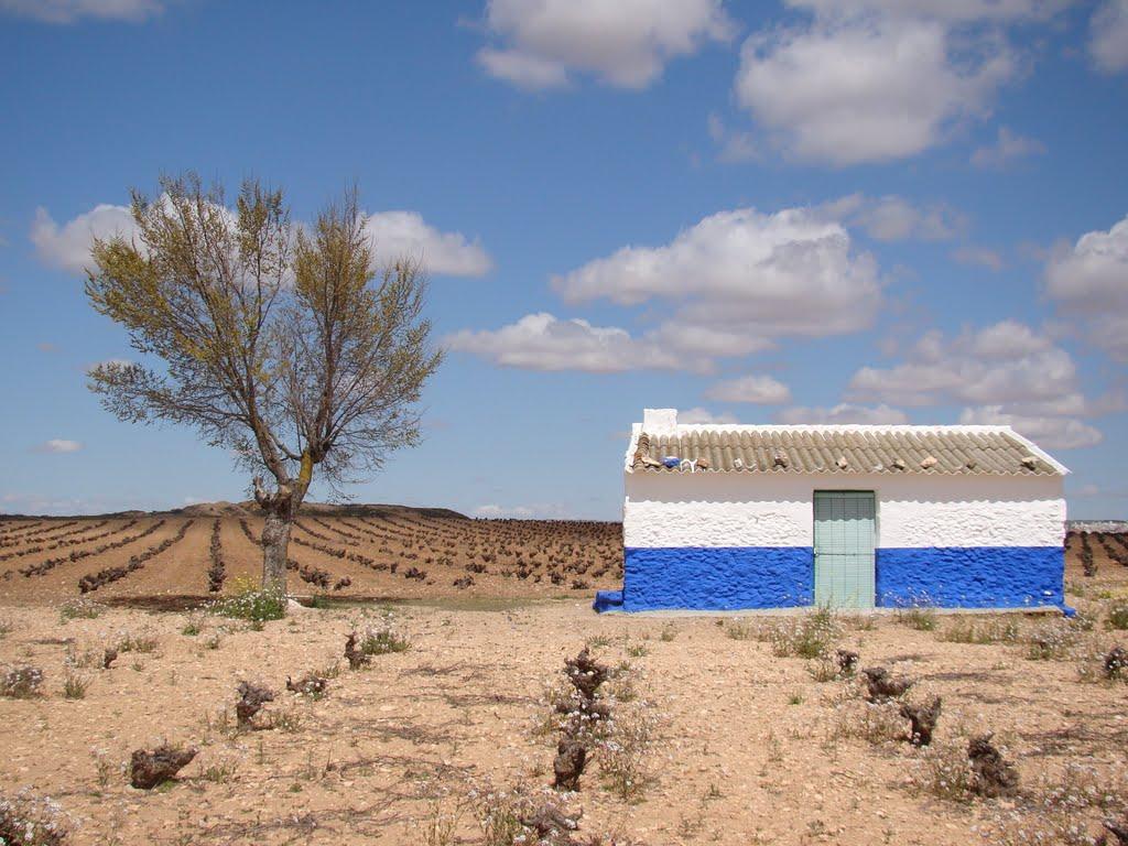 Una casita más que suficiente. Autor, Joser María Rodríguez