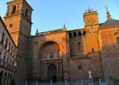 Villanueva de los Infantes: en la cuna del Quijote y en la mesa de Quevedo