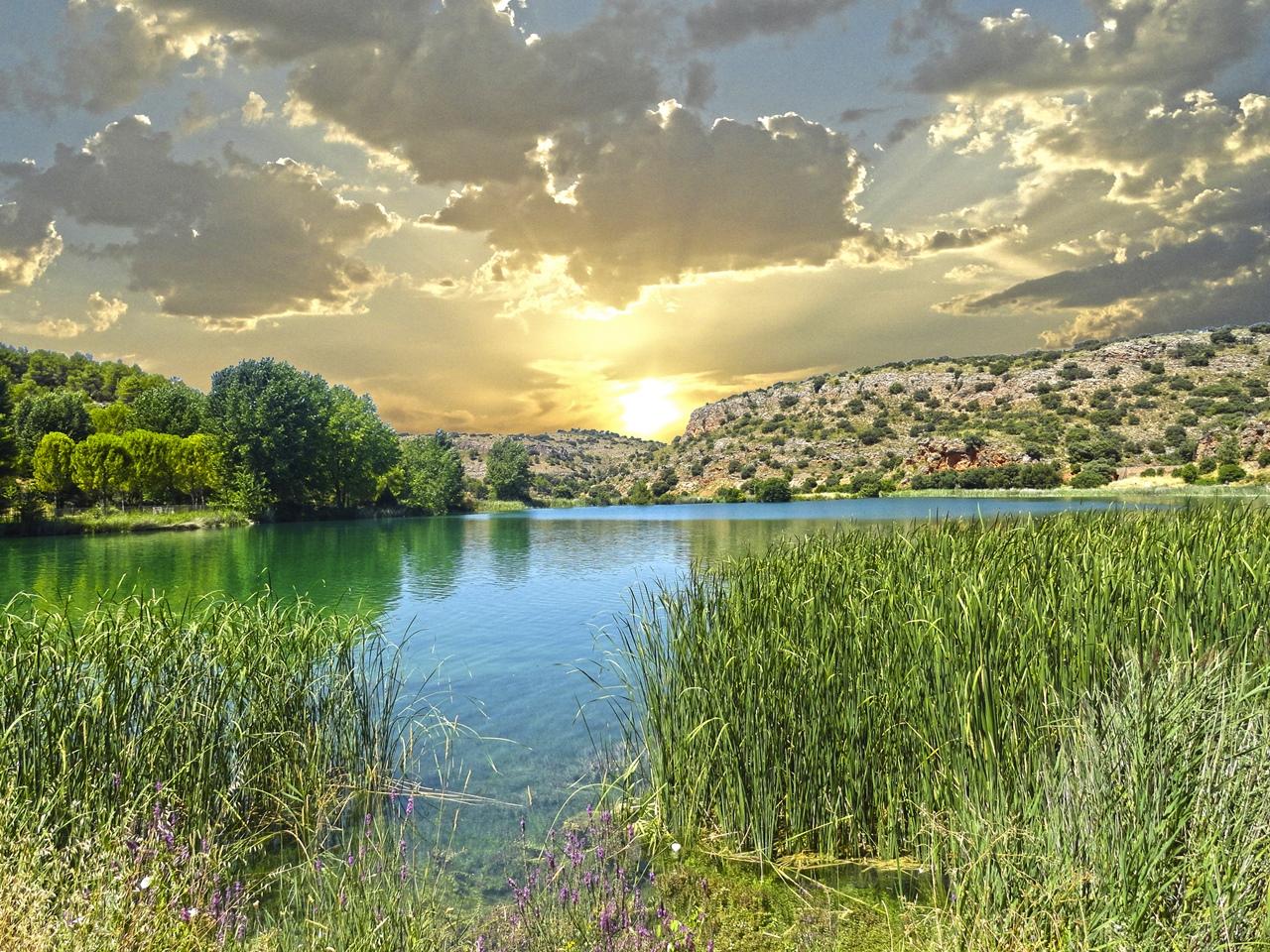 Senda del Pie de Enmedio, Parque Natural de las Lagunas de Ruidera ecoturismo turismo sostenible sabersabor La Mancha Ciudad Real Laguna del Rey
