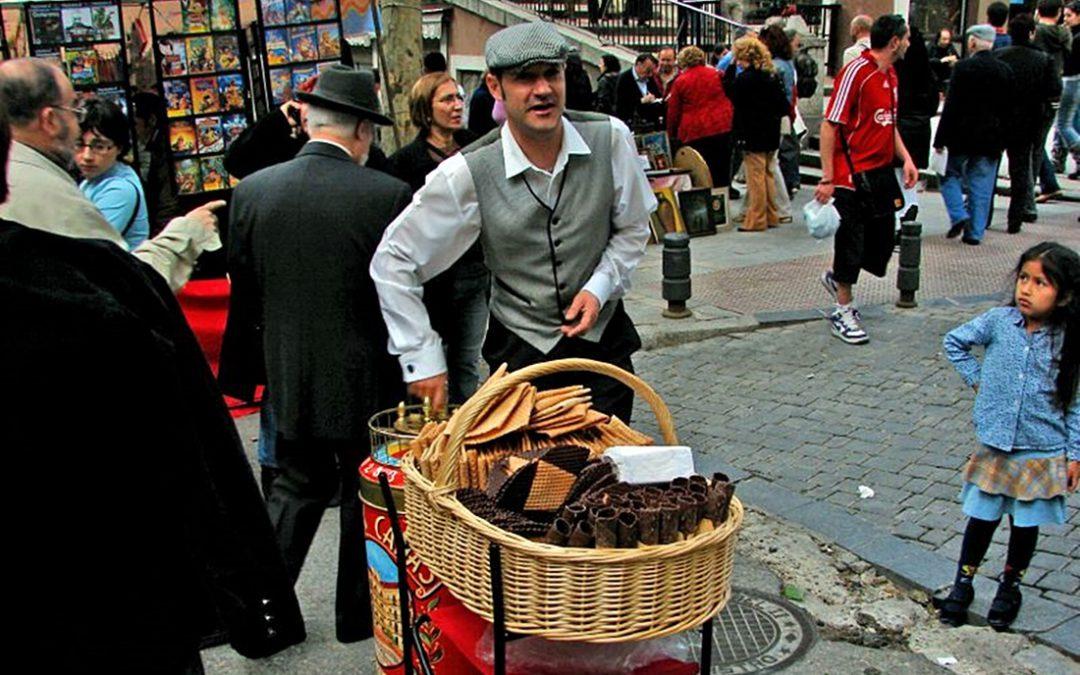 Serenos, aguadores y claveteras. Un paseo nostálgico por las calles y gentes de Madrid