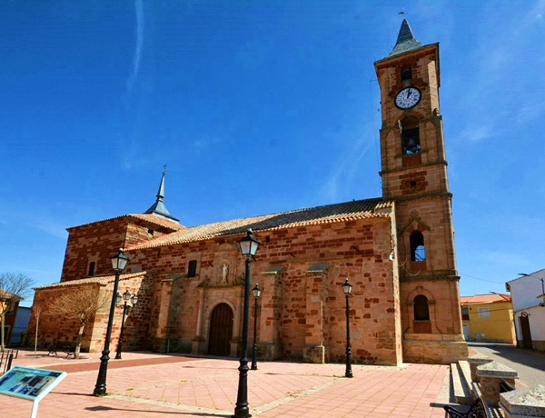 Iglesia de San Sebastián de Montiel